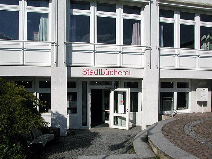 Bücherei Oberensingen Eingang