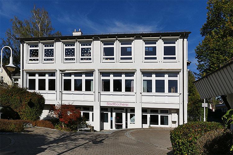 Bücherei im Neubau der FGS
